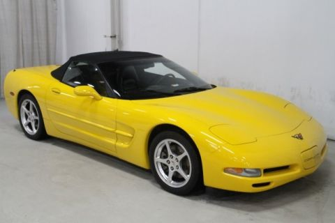 Pre-Owned 2004 Chevrolet Corvette RWD 2D Convertible